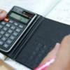 ¿Cómo puede ayudarte un asesor fiscal a ahorrar dinero?