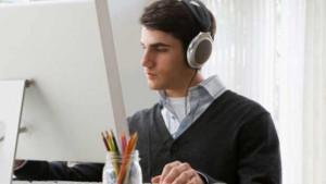 escuchar-musica-trabajo2
