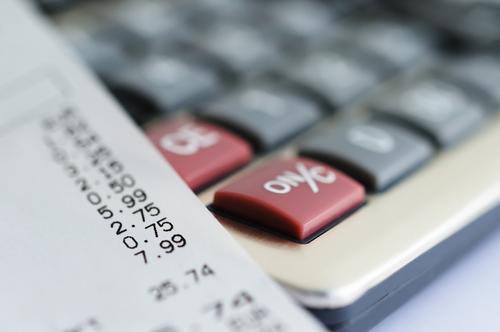 Calcular el IVA repoercutido y el IVA devengado