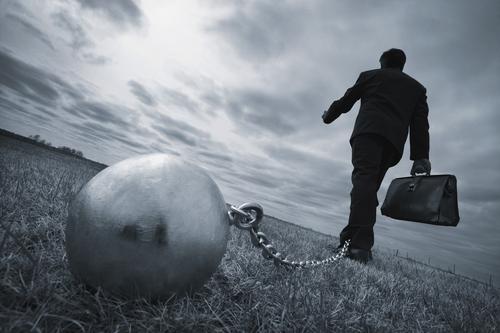 Penalización a las empresas morosas